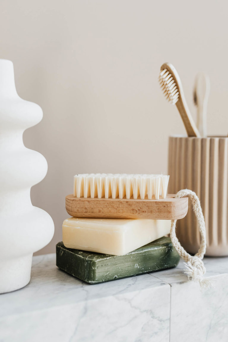 Traditional Versus Eco-Friendly Cleaners